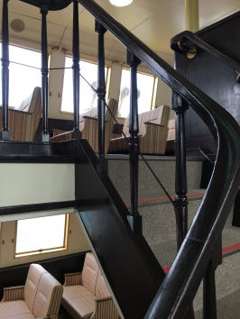 Stairwell up to 1st class